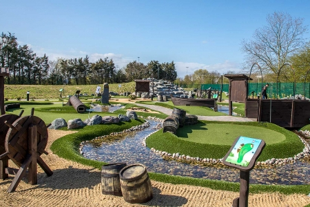 Promote-Golf-Adventure-Golf-thumbnail
